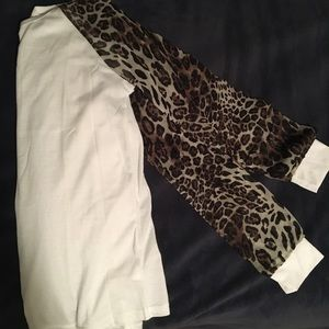 Long sleeve shirt with sheer leopard sleeves
